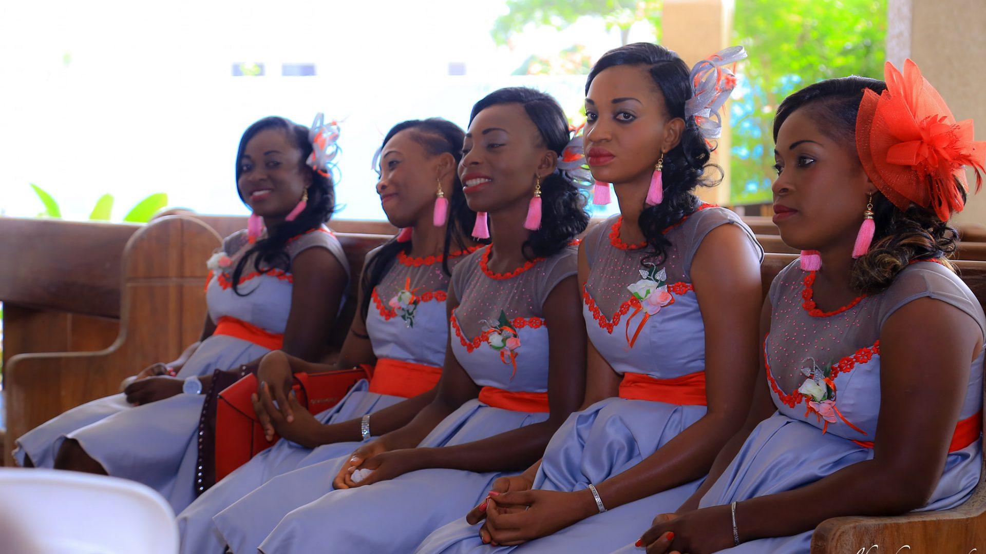 Les jeunes filles d'honneur