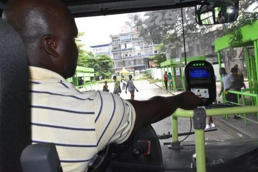 Digital Afrique Telecom (DAT) lance un système de cartes à puce et de billetterie pour plus de 700 bus de la société de transport abidjanais