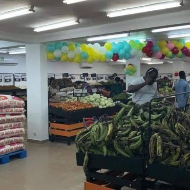 Le premier marché climatisé d'Abidjan offre des remises pour son anniversaire.