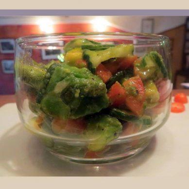 Béatrice Grandcolas nous donne la recette de sa délicieuse salade d'avocats
