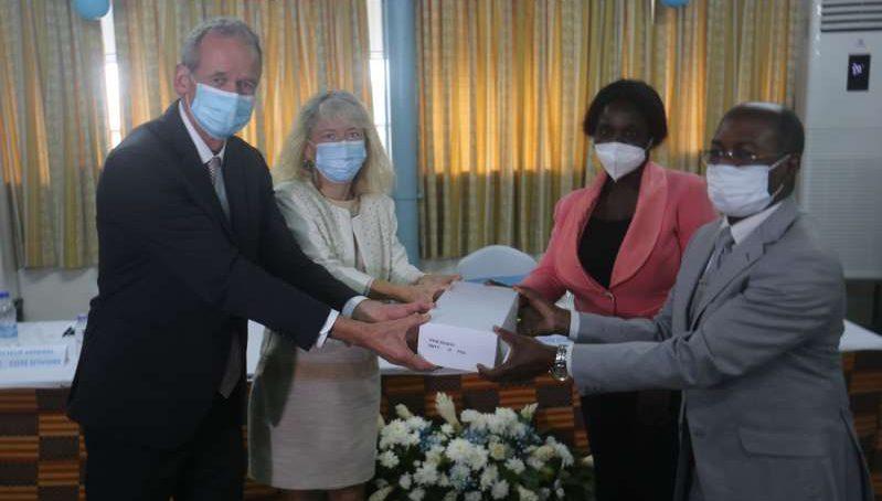 Le CHU de Cocody équipé en mammographed'une valeur de 57 068 172