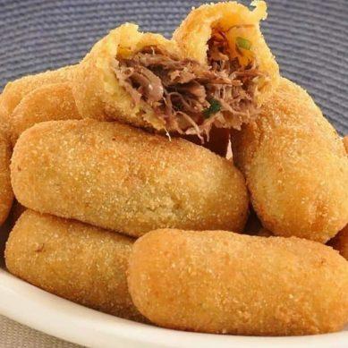 Apprenez à faire des Croquettes de manioc à la viande hâchée