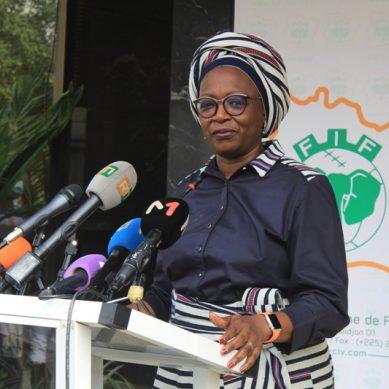 Mme Mariam Gabala situe les enjeux des rencontres entre le comité de normalisation et les acteurs du football.