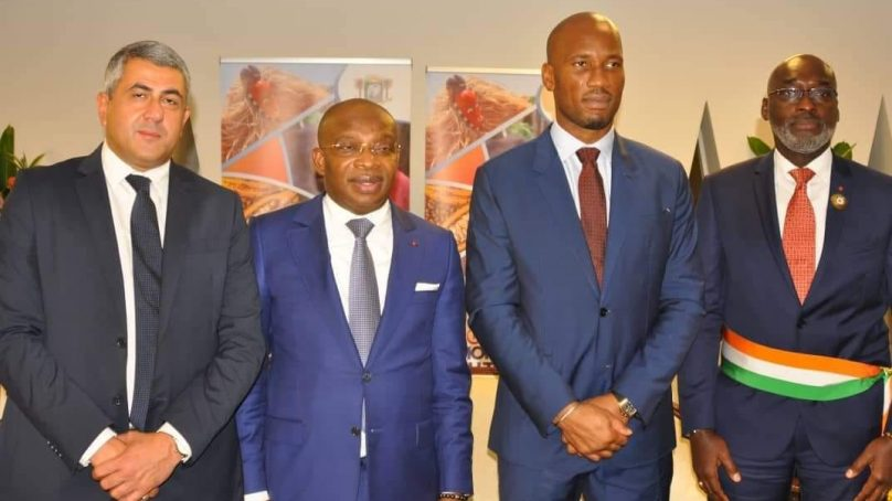 Tourisme: l'OMT et Didier Drogba font équipe pour ouvrir des perspectives à la jeunesse africaine