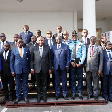 Comite d'organisation de la CAN 2023 : une equipe de 17 membres présentée au premier ministre Patrick Achi